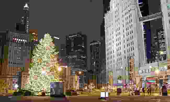 Chicago at Christmas (Shutterstock)