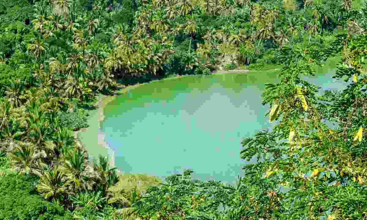 Petit-Terre is close to Lake Dziani (Shutterstock)