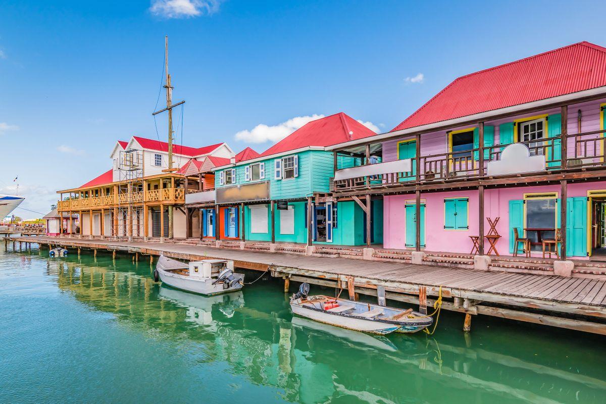 Head to Head: Antigua versus Barbuda   Wanderlust