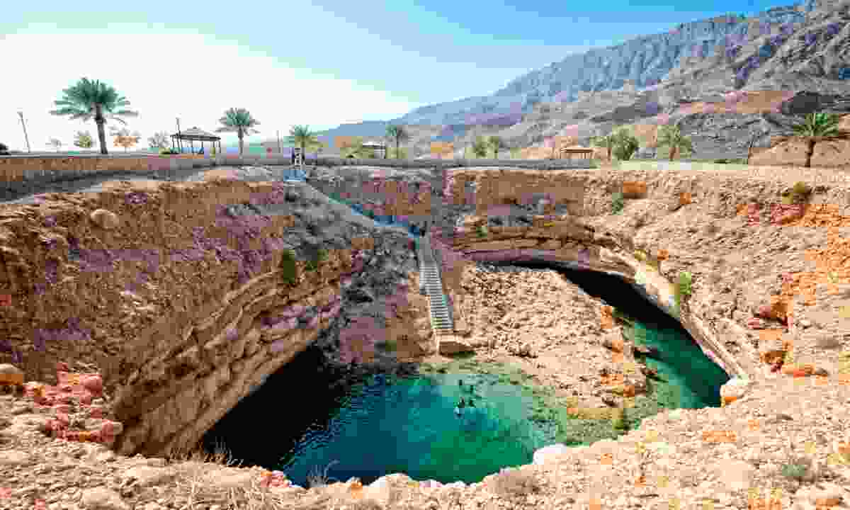 Oman wadi (Oman Tourist Board)