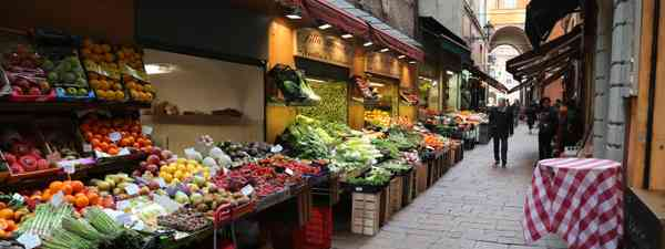 Exploring Emilia-Romagna's food markets (Graeme Green)