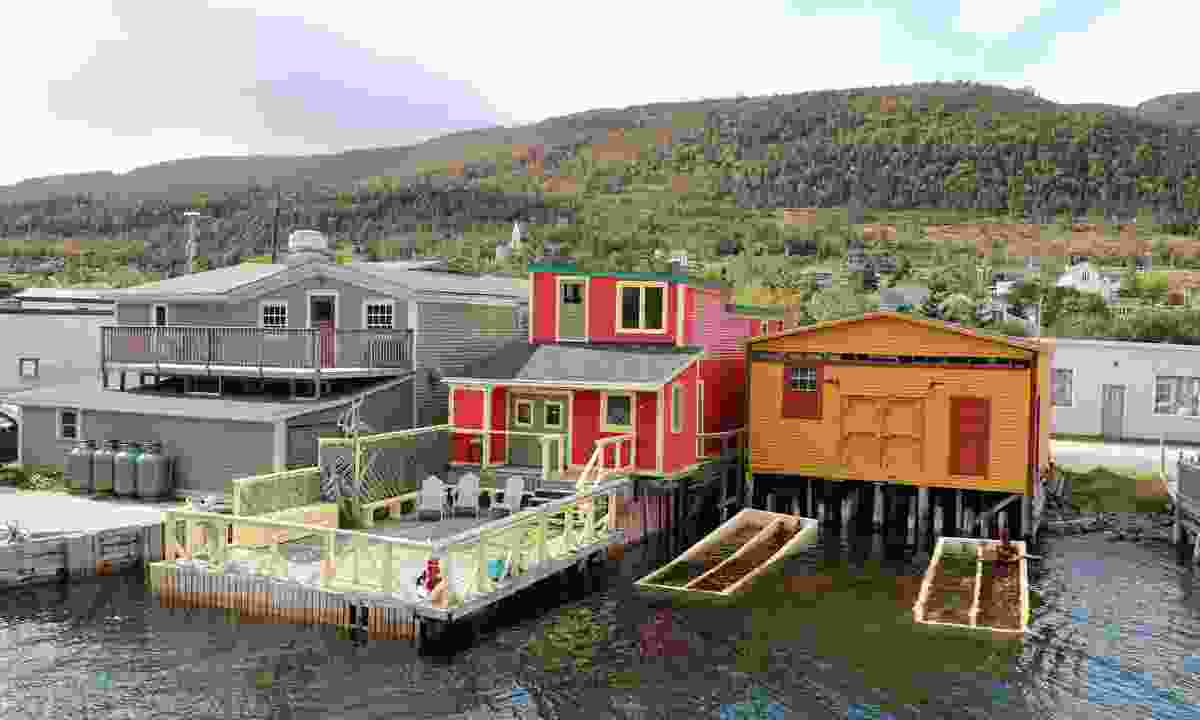 Colourful houses in Woody Point (Phoebe Smith)