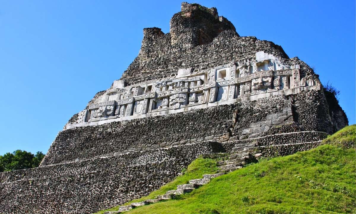 El Castillo at Xunantunich in Belize (Dreamstime)