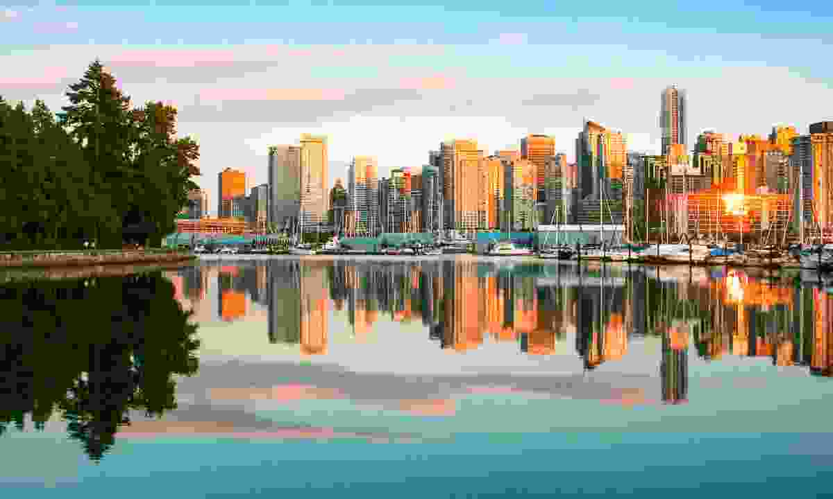 The Vancouver skyline at sunset (Dreamstime)