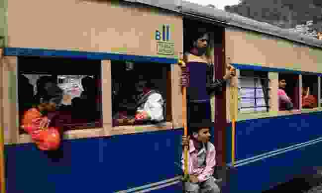 Passengers on the Kalka-Shimla Railway (Dreamstime)