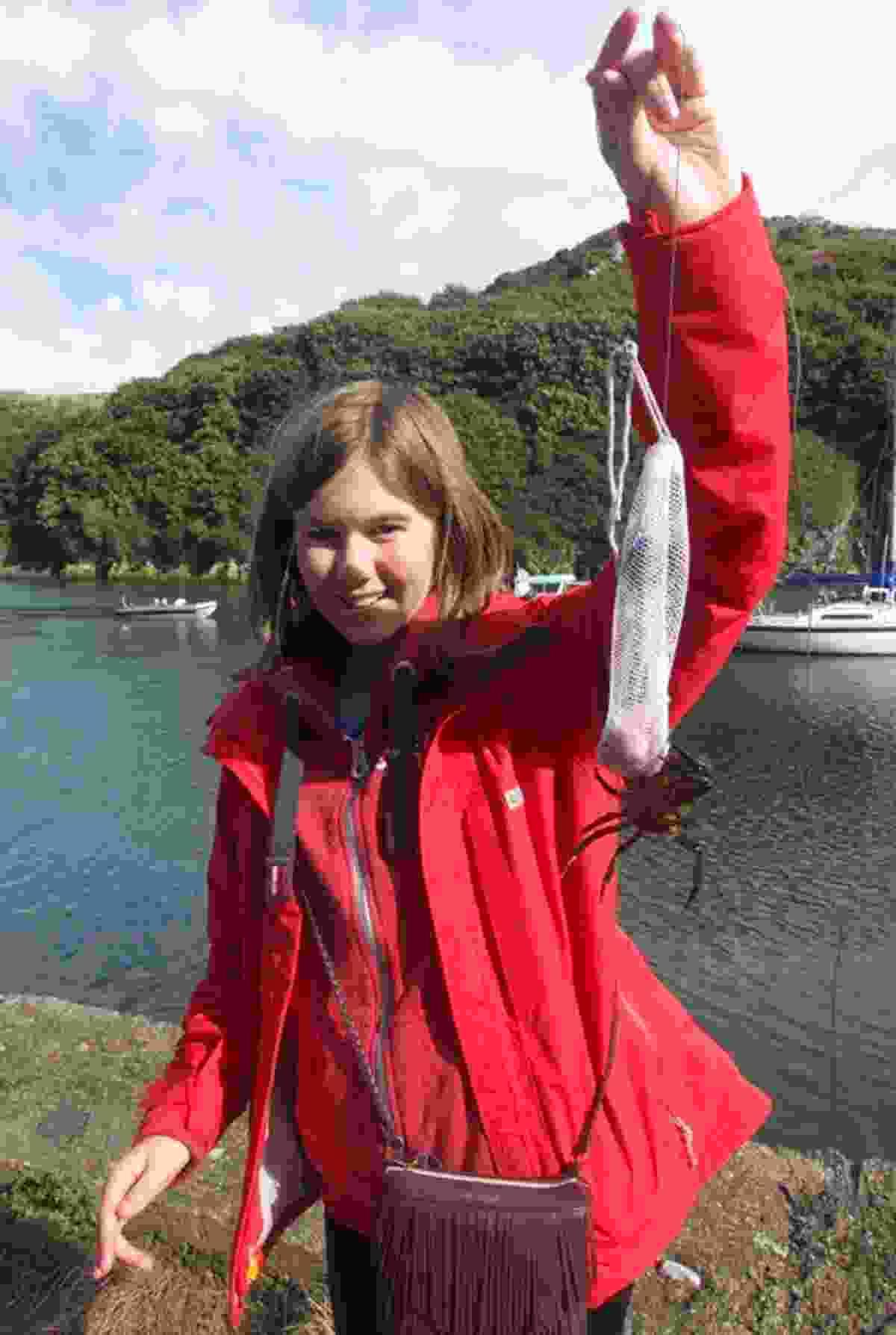 Crabbing at Solva (Peter Moore)