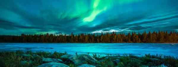 The Northern Lights in autumn (AuroraZone.com)
