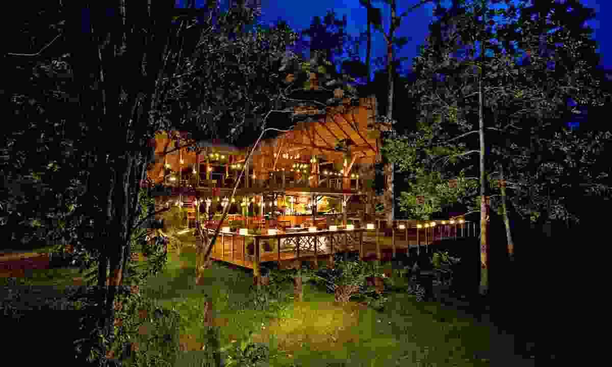 Your lodge beside the Pacuare River (Pacuare Lodge)