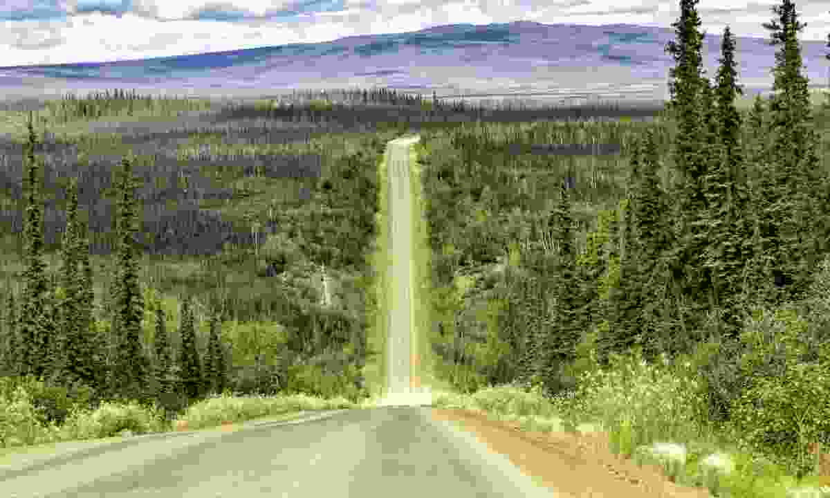 Dalton Highway (Shutterstock)