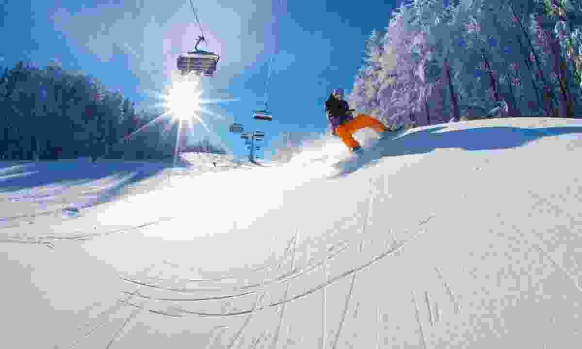 Snowboarding in Slovenia (Slovenian Tourist Board)