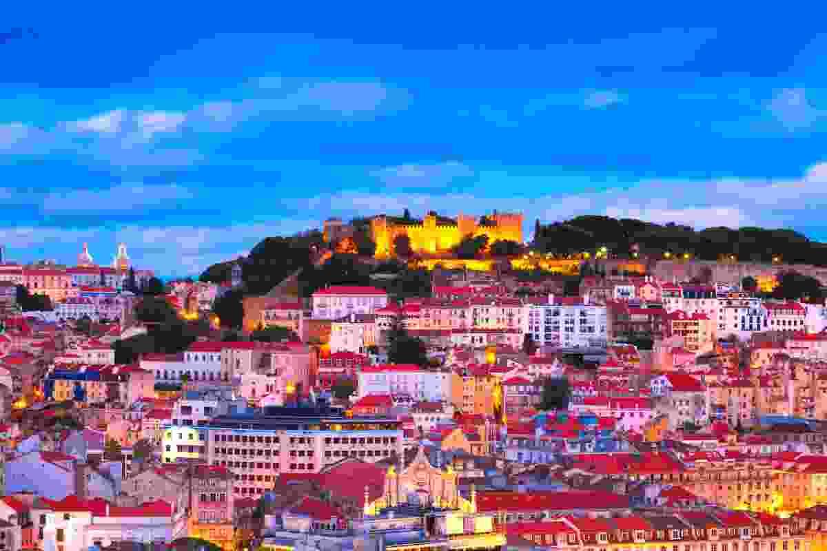 Lisbon at night (Dreamstime)