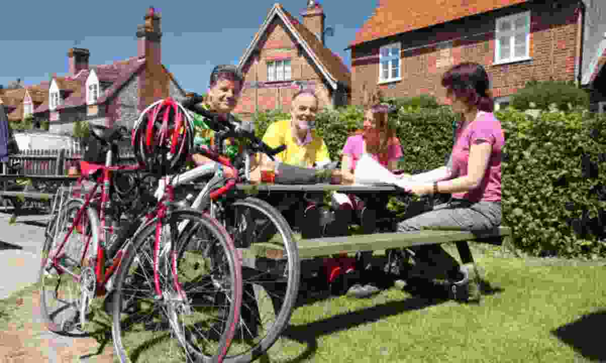 Cyclists at pub in Turville (Chris Smith)