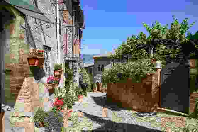 Side streets in the small town of Montefalco, Umbria, Italy (Shutterstock)