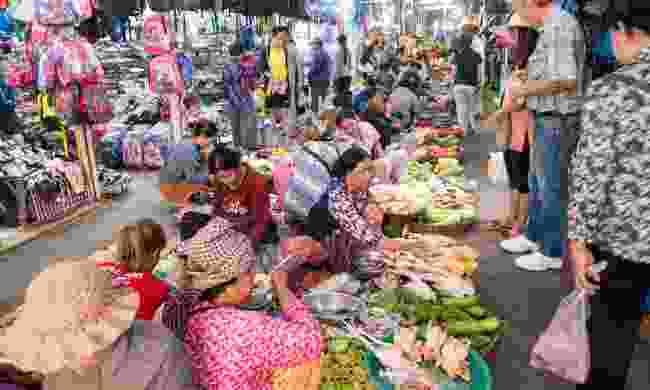 Explore Siem Reap's many markets (Shutterstock)
