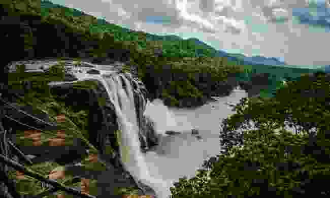 The incredible Athirappilly waterfalls (Shutterstock)