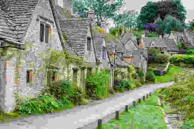 Bibury's iconic street views (Shutterstock)