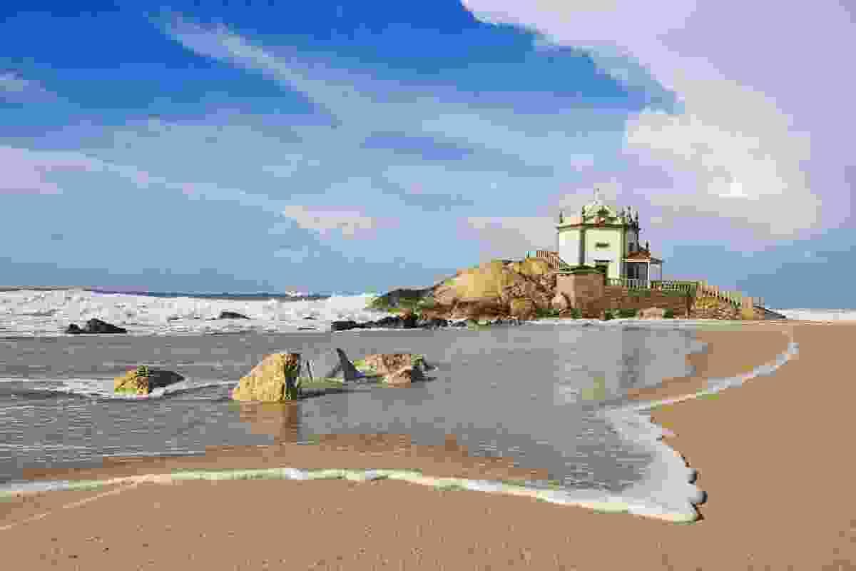 A beach near Porto, Portugal (Shutterstock)