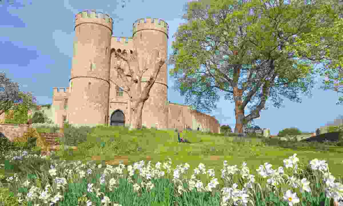 Saltwood Castle (Phoebe Smith)