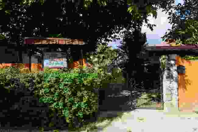 Self-catering cottage on Praslin (Peter Moore)