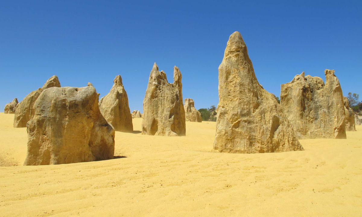 Pinnacles of Nambung National Park (Dreamstime)