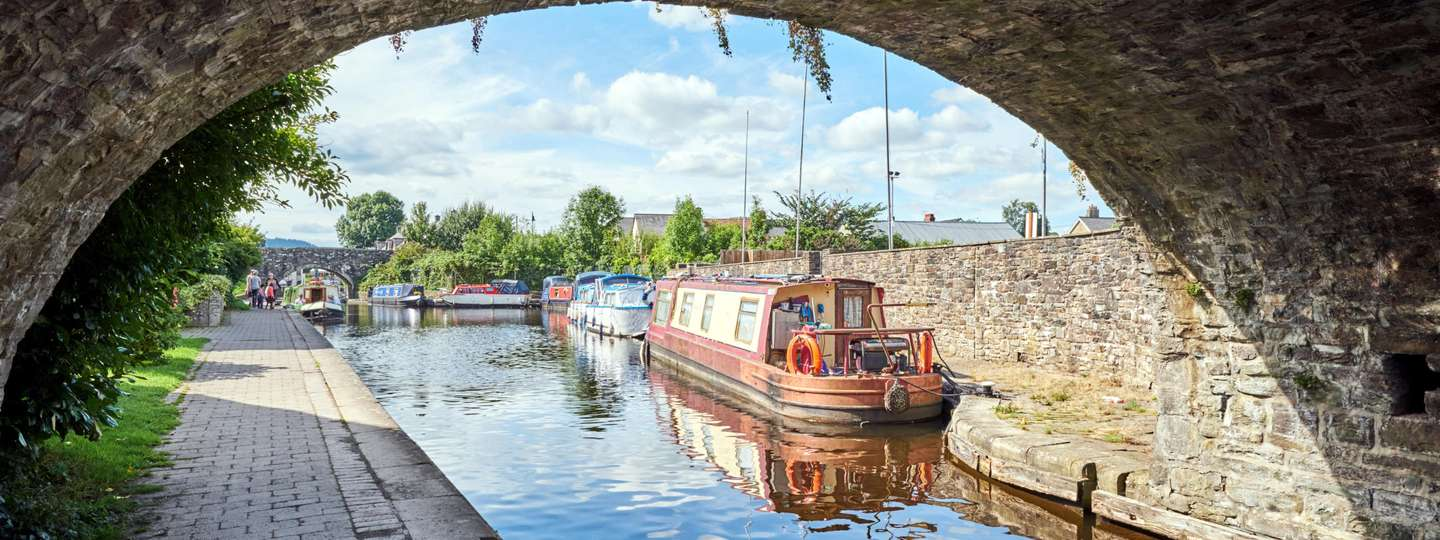 Brecon canal, Wales (Dreamstime)