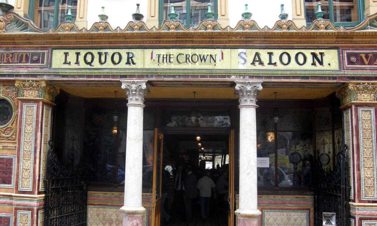 Entrance to the Liquor Saloon (Dreamstime)