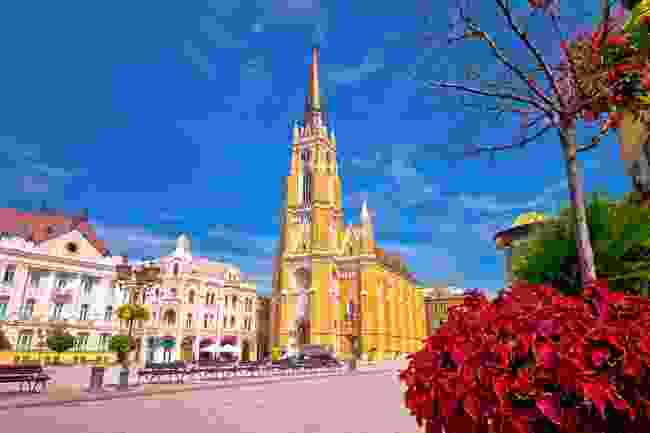 Freedom square and catholic cathedral in Novi Sad (Shutterstock)