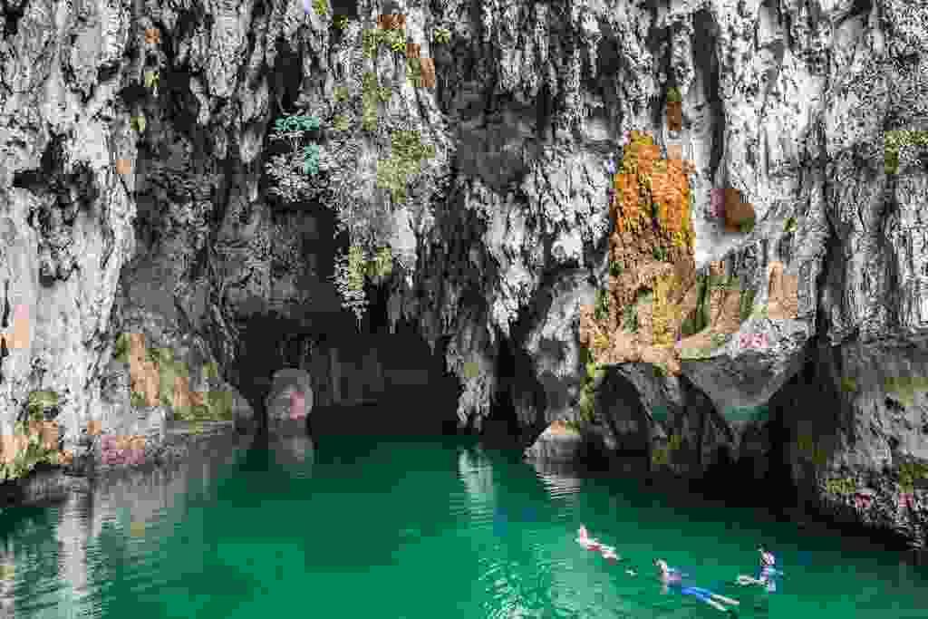 Snorkelling in Tomolo cave (Alex Robinson)