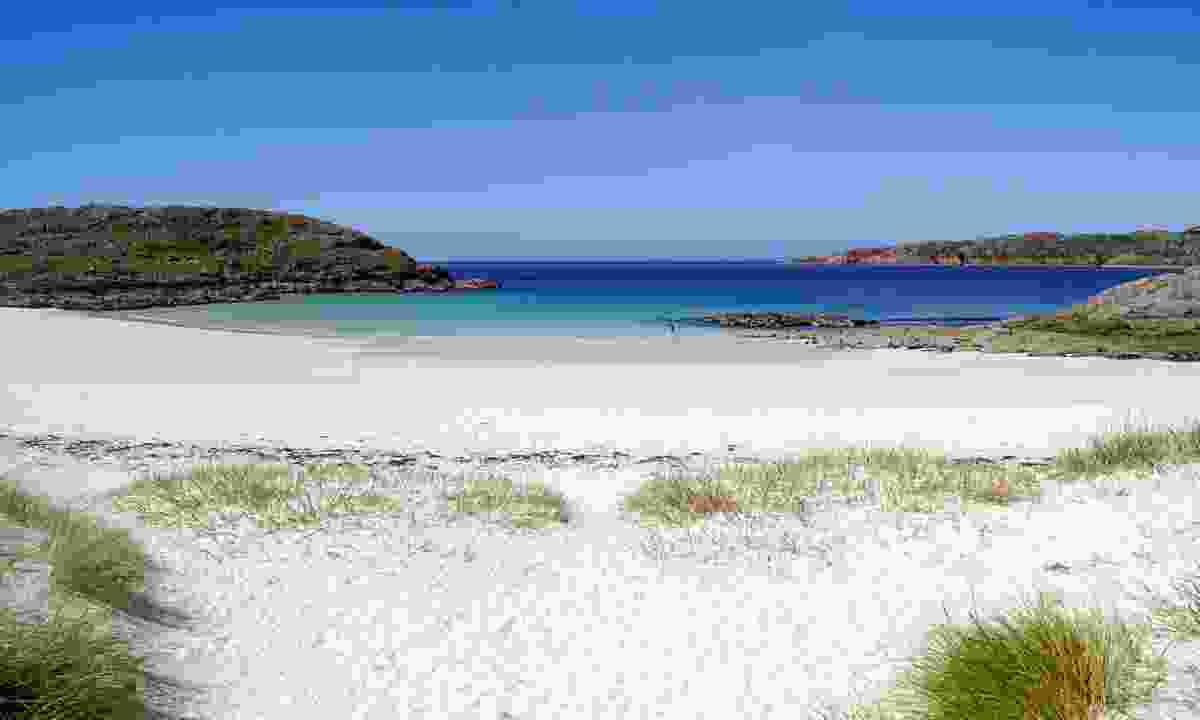 Achmelvich Beach (Shutterstock)