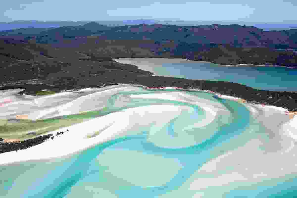Whitehaven Beach, Whitsunday Island (Shutterstock)