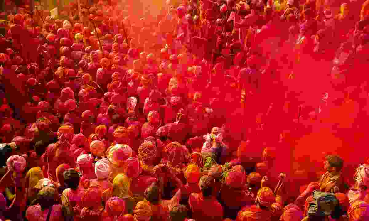 Get caught up in festival fever by attending Holi in India (Shutterstock)