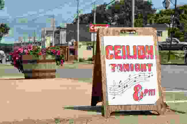 A ceilidh being advertised in Inverness, Nova Scotia (Shutterstock)