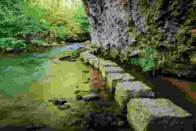 Stepping stones at Chee Dale in Derbyshire (Shutterstock)