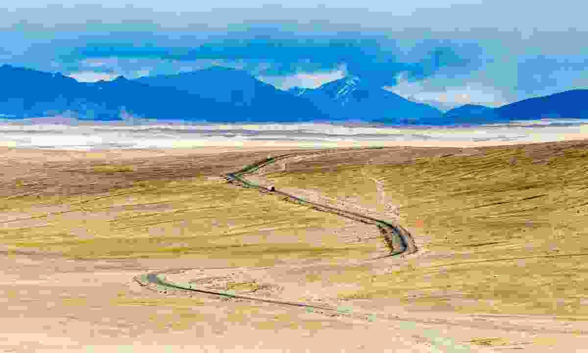 Pamir Highway in Tajikistan (Dreamstime)