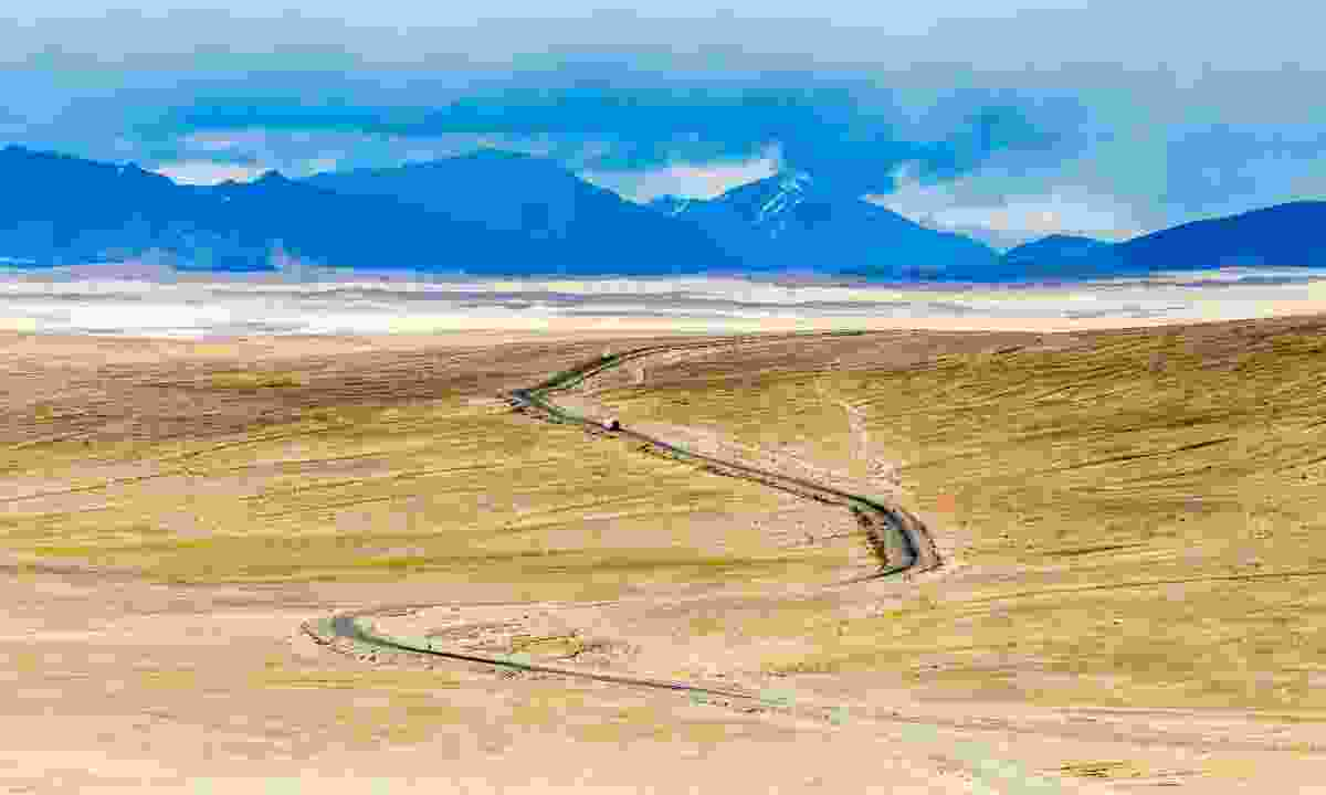 Pamir Highway in Tajikistan (Dreamstime)