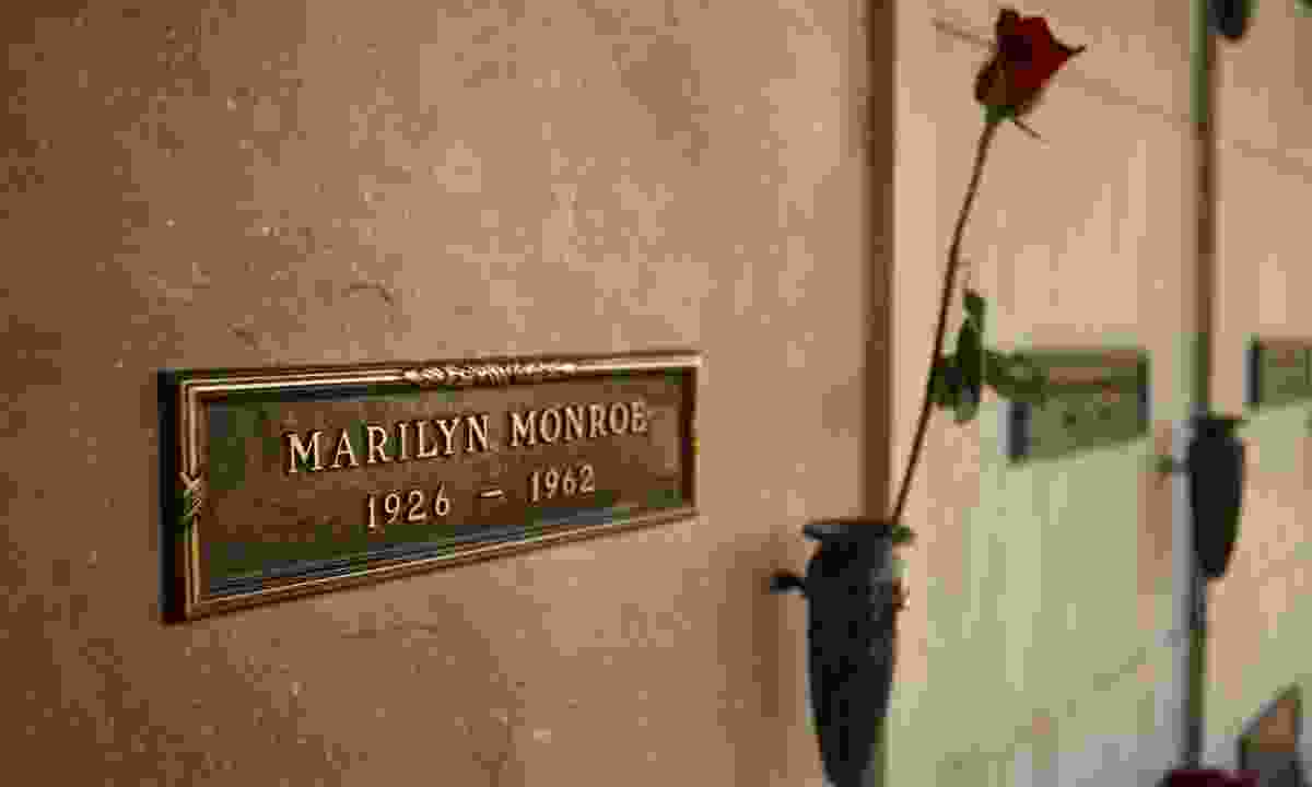Marilyn Monroe's crypt at Brentwood cemetery (Dreamstime)