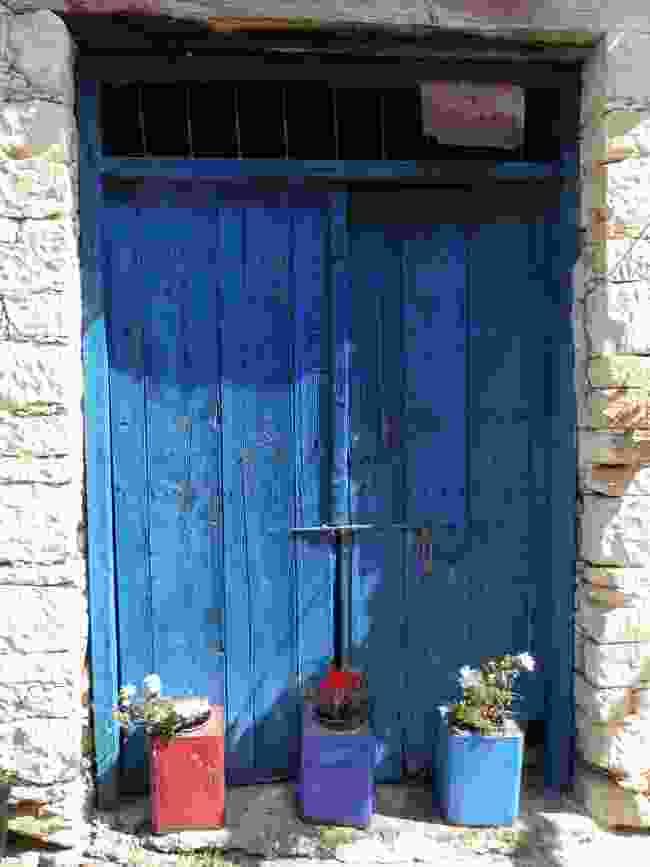 A doorway in rural Cyprus (Helen Moat)