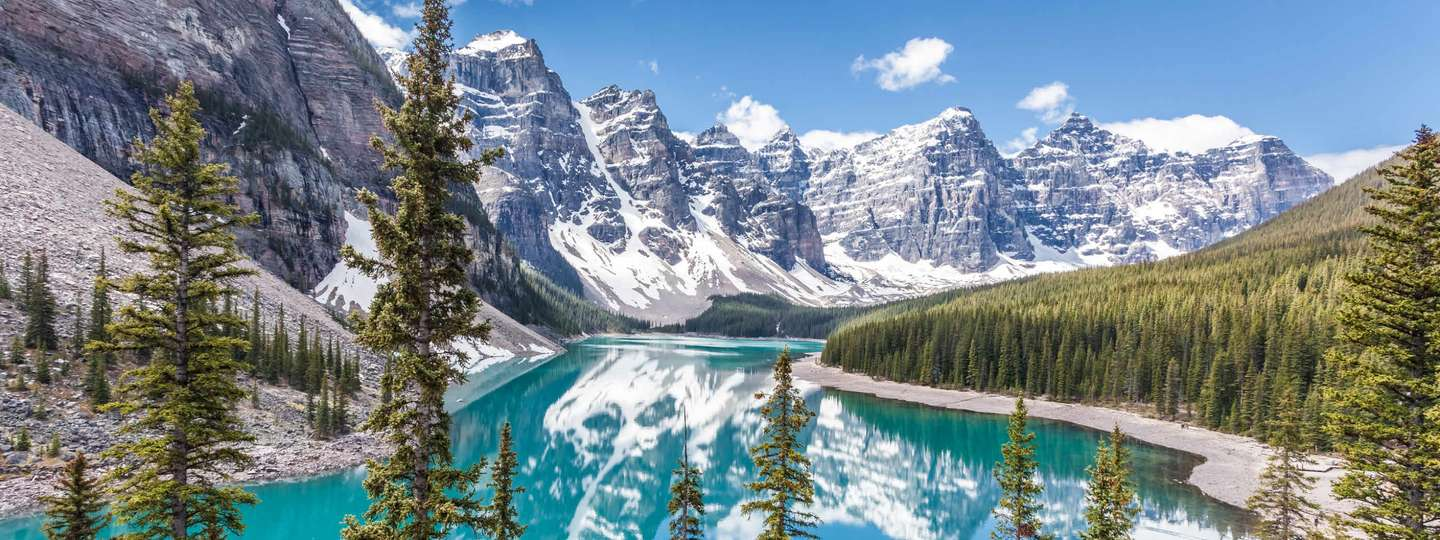 Moraine Lake, Canada (Dreamstime)