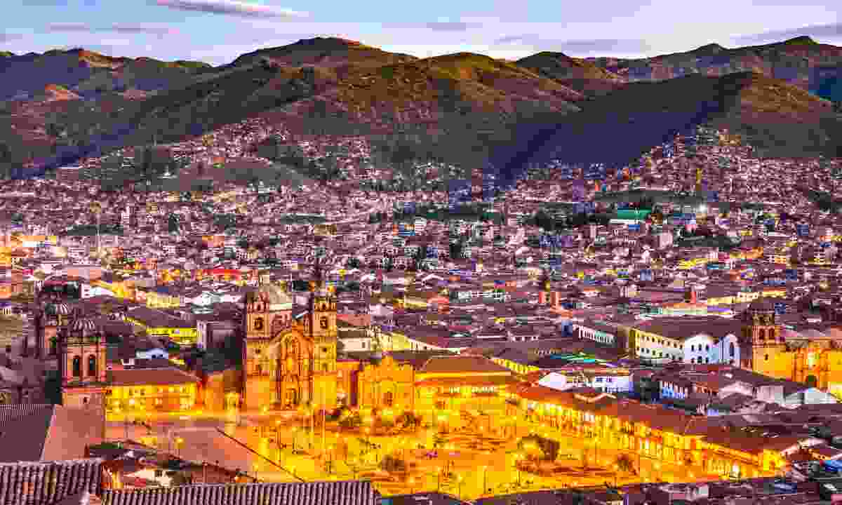 Plaza de Armas and Church of the Society of Jesus, Cusco, Peru (Dreamstime)