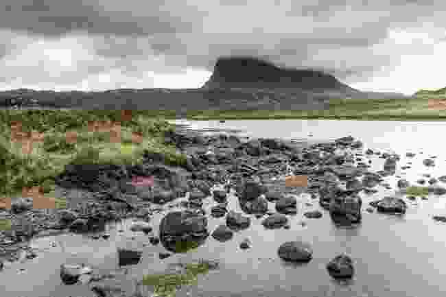 Suilven from Fionn Loch (Kav Dadfar)