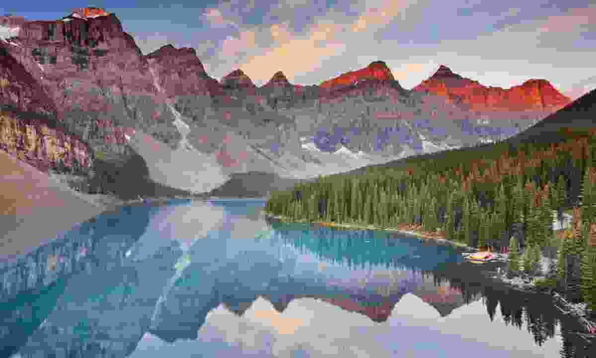 Moraine Lake at sunrise (Dreamstime)
