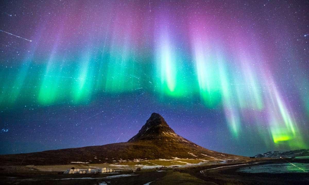Kirkjufell with the Northern Lights (Shutterstock.com)