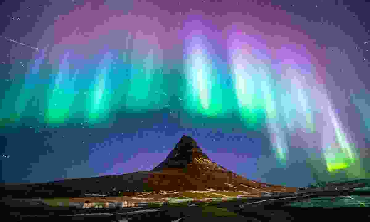 Kirkjufell with the Northern Lights (Shutterstock.com)
