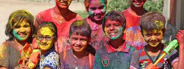 Children with water guns in Rajasthan, India (Shutterstock)