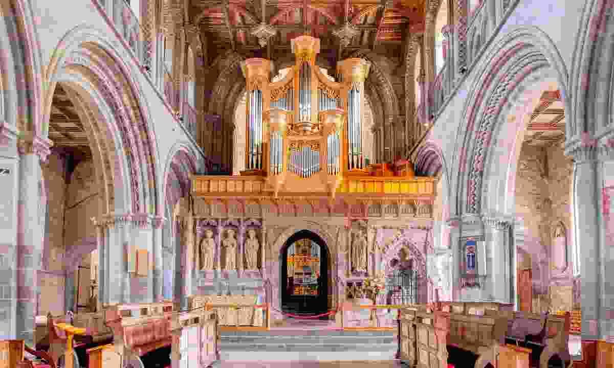 Inside St Davids cathedral (Dreamstime)