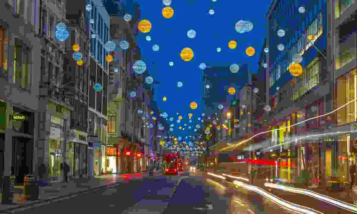 Christmas lights on Oxford Street (Dreamstime)
