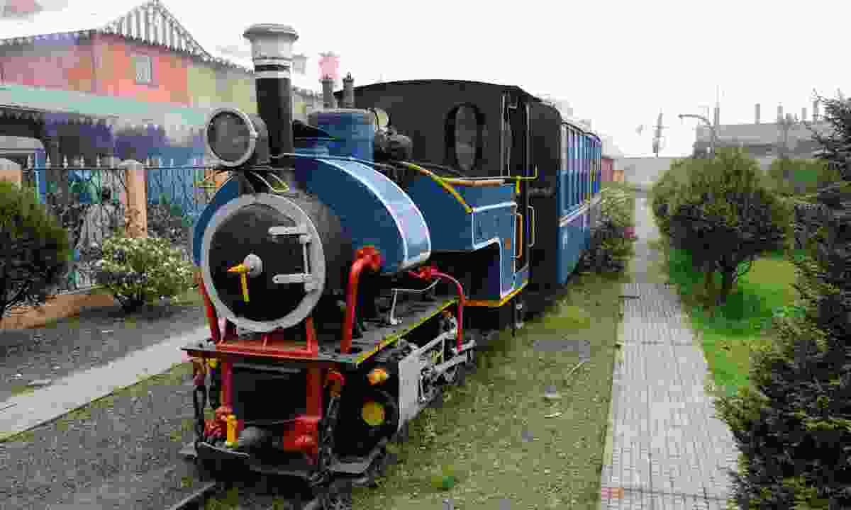 The famous Darjeeling steam train (Dreamstime)