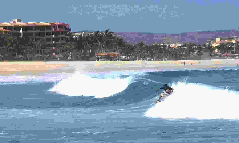 The Costa Azul surf break in Baja California (Dreamstime)