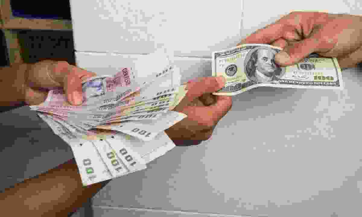 Money exchange: bring dollars, not sterling (Dreamstime)