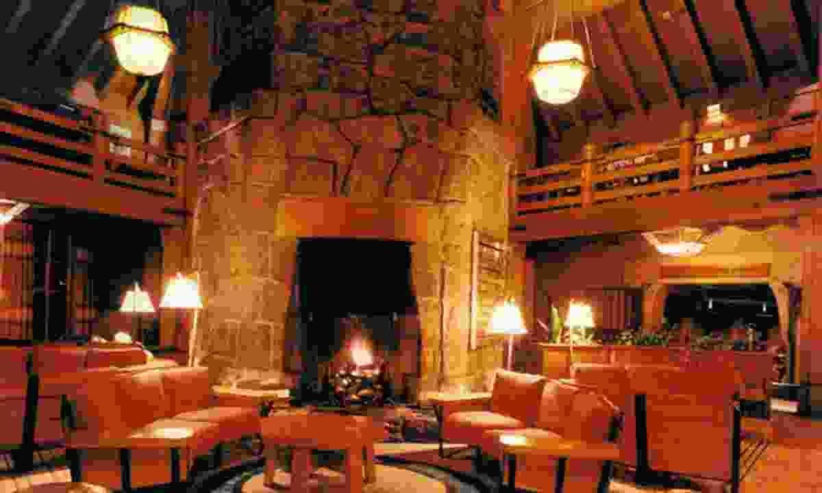 Timberline Lodge, Mt Hood (Mthoodterritory.com)